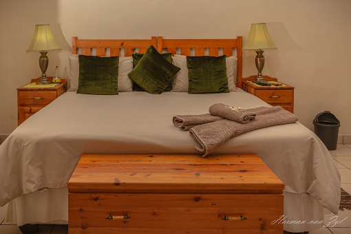 Resthaven Guesthouse Size Bed
